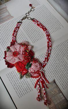 GALA rouge et blanc mixte Textile déclaration par carlafoxdesign