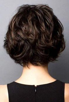 This layered cut is full of textured appeal! It features side swept bangs with face framing pieces that drop to the jawline to create a feminine silhouette. Layering throughout the wig and slightly… Shaggy Bob Haircut, Pixie Haircut, Lace Front Wigs, Lace Wigs, Medium Hair Styles, Curly Hair Styles, Rene Of Paris Wigs, Monofilament Wigs, Bob Hairstyles For Fine Hair