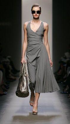 Very Nice dress...L.Loe