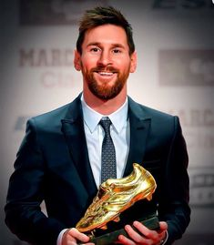 "Lionel Andrés ""Leo"" Messi is an Argentine professional footballer who plays as . Fc Barcelona, Lionel Messi Barcelona, Barcelona Soccer, Lional Messi, Messi Fans, Lionel Messi Biography, Milan Pique, Argentina Football Team, Premier League"