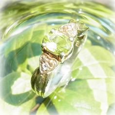 "Peridot sv hope, the ring - crystal of courage, an angel, and healing one-house house"" Crystal Garden Mejiro "" Crystal Garden, My Birthstone, Peridot, Birthstones, Healing, Angel, Crystals, Rings, House"