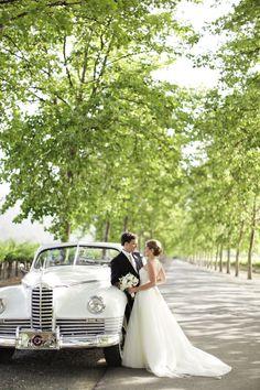 wedding, bride, groom, retro wedding, classic car, retro car, retro, wedding bouquet, white car