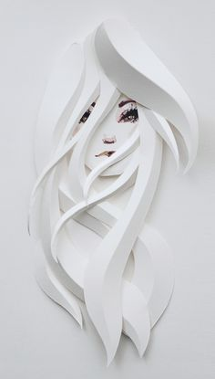 PAPER SCULPTURE — Belinda Rodriguez                              …                                                                                                                                                                                 Más