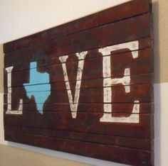 Texas art…I wonder if I could make this but of course it would have to be Washington Home Projects, Home Crafts, Diy And Crafts, Craft Projects, Arts And Crafts, Pallet Projects, Craft Ideas, Love Wooden Sign, Wooden Signs
