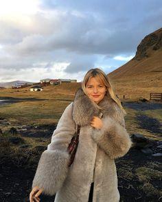 "5,385 Likes, 33 Comments - Sabina Socol (@sabinasocol) on Instagram: ""It was cold but it was worth it ✨ #escadaescapes #escadainiceland @escadaofficial"""