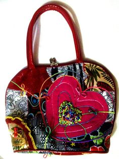 Danfel's bolsos y sandalias: Bolsos Pachwork Handbags, Purses, Fashion, Shoes Sandals, Totes, Moda, Fashion Styles, Purse, Hand Bags