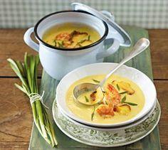 Das Rezept für Kartoffel-Currysuppe mit Garnelen und weitere kostenlose Rezepte auf LECKER.de