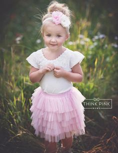 Flower Girl Dresses Country, Flower Girl Tutu, Lace Flower Girls, Tulle Skirt Kids, Tutu Skirts, Tulle Dress, Lace Weddings, Wedding Dresses, Pink Tulle