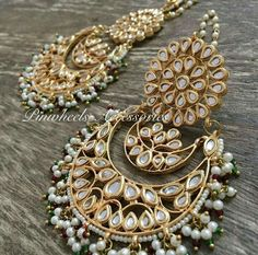 Funky Earrings, Jewelry Design Earrings, Royal Jewelry, India Jewelry, Gold Necklaces, Saris, Indiana, Wedding Jewelry, Jewelry Collection