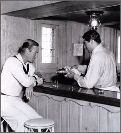Homo History: Cary Grant and Randolph Scott: A Gay Hollywood Romance. British American, American Actors, Cary Grant Randolph Scott, Nostalgia, Hooray For Hollywood, Hollywood Stars, Carole Lombard, Lauren Bacall, Joan Crawford