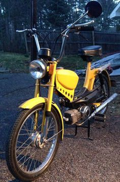 i want one! 1978 Kromag (Pinto 2) Moped