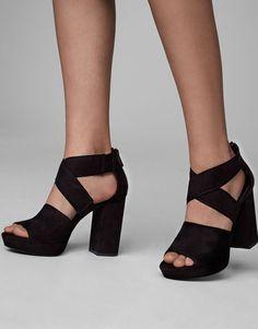 2f937bb07498f2 ItxCategoryPage.1030037050.og.title   Women s Shoes SandalsHeeled ...