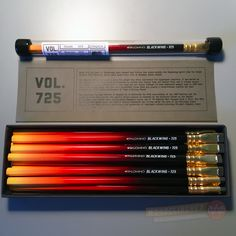 A review of the Palomino Blackwing 725: the inaugural Volumes edition | Woodclinched