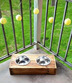 Hey, I found this really awesome Etsy listing at https://www.etsy.com/listing/188653002/wood-pallet-dog-or-cat-dish-holder