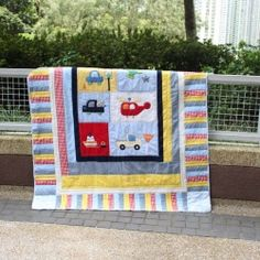 Quilt Upcycle {crib to twin} -- Turn a crib quilt into a twin size for the growing toddler in your family. Easy Sewing! | Looksi Square