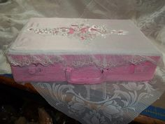 Alter breif case Something Beautiful, Alters, Suitcase, Decorative Boxes, Home Decor Boxes, Suitcases