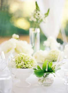 Modern Minimalist Centerpieces in Green and White | Jose Villa