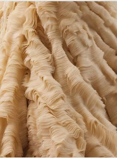 detail from oyster dress, alexander mcqueen - beautiful texture Design Textile, Textile Art, Textures Patterns, Fabric Textures, Oyster Dressing, Textile Texture, Fabric Manipulation, Vintage Fabrics, Fashion Details