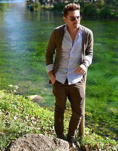 A sunday in the Grassano Park | OUTFIT #ootd #menoutfit #blogger #fashionblogger #shirt #menswear #mensfashion #fashion #look #style #gentleman #xagonman #dolcegabbana #danielealessandrini #rayban