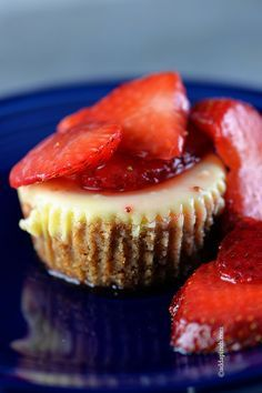 Mini New York Cheesecake Recipe - This classic New York cheesecake recipe is perfect for so many occasions! These individual servings make a fantastic dessert for entertaining! Creamy and delicious served plain or with favorite topping! // addapinch.com