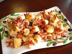 Príprava na degustáciu, ukážka cateringu ... www.vinopredaj.sk ...  Vajíčo s údeným lososom pomazánkou a wasabi - Fantastické  #catering #jedlo #dobrejedlo #degustacia #tasting #ochutnavka #food #milujemejedlo #snack #losos #salmon #tapas #pagac #meal #inmedio #vinoteka #winebar #wineshop #delishop #delikatesy #yummy #piatok #hotdog
