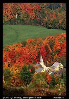 Picture/photo (Autumn): Church of East Corinth among trees in fall color. Vermont, New England, USA Old Country Churches, Old Churches, Le Vermont, New England Fall, Hampshire, Autumn Scenes, Iowa, Fall Pictures, Wyoming