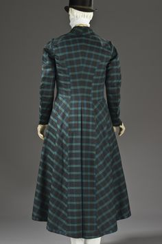 Frock coat ca. 1820 From LACMA - Fripperies and Fobs
