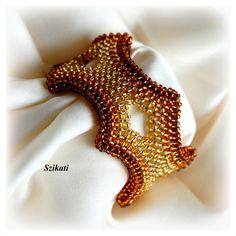 Beaded gold honey brown seed bead bracelet fall fashion by Szikati