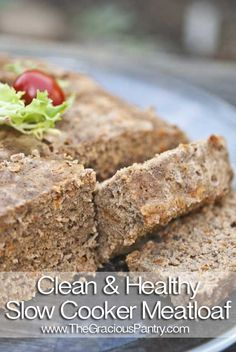 Clean Eating Slow Cooker Meatloaf (Makes 18 servings) Ingredients: 3 pounds lean ground turkey 1 cup whole wheat panko bread crumbs 1 cup shredded. Slow Cooker Recipes, Low Carb Recipes, Crockpot Recipes, Healthy Recipes, Easy Recipes, Slow Cooker Meatloaf, Slow Cooker Turkey, Turkey Crockpot, Cooking Turkey