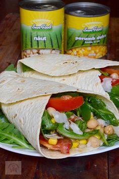 Tortillas cu salata de naut si porumb, o reteta delicioasa si satiosa de vara Tortillas, Tacos, Cooking Recipes, Mexican, Ethnic Recipes, Food, Sweet, Salads, Cake Rolls