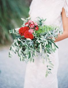 Red and green wedding bouquet: http://www.stylemepretty.com/little-black-book-blog/2014/12/23/elegantly-festive-tuscan-wedding-inspiration/ | Photography: Anthem - http://anthemphotography.com/