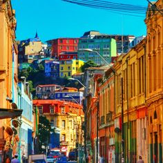 The colourful buildings of Artillería Hill | Chile Uncovered: Valparaíso Travel Tips To Know Before You Go