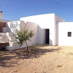 Ibiza Spain, Natural Living, Architecture, Outdoor Decor, Nature, House, Gardens, Exterior, Bathroom