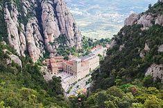 ~ Kloster Montserrat ~ #Travel #Spain