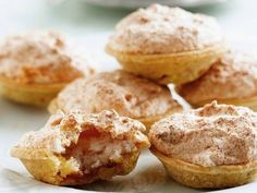 WENRESEP: Hertzoggie Best Dessert Recipes, Mexican Food Recipes, Delicious Desserts, Yummy Food, Baking Recipes, Cookie Recipes, Tart Recipes, Bite Size Cookies, South African Recipes