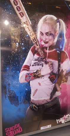 Two new promotional posters for SUICIDE SQUAD have landed online, providing us with fresh looks at Margot Robbie as Harley Quinn, as well as the rest Batman Comic Books, Batman Comics, Dc Comics, Amanda Waller, Margot Robbie Harley Quinn, Harley Quinn Cosplay, American Comics, New Image, A Team