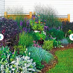 I have to admit to preferring beds that are planted heavily with lots of things…
