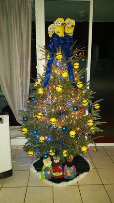 our family minions christmas tree - Minion Christmas Tree