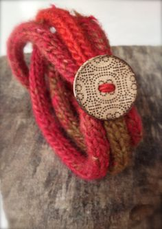 French Knitted Bracelet with Coconut Button