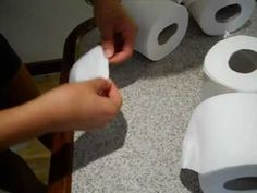 The art of the toilet paper origami Napkin Origami, Napkin Folding, Book Folding, Paper Folding, Toilet Paper Origami, Toilet Paper Roll Art, Toilet Paper Crafts, Origami Tutorial, Decorating Tips