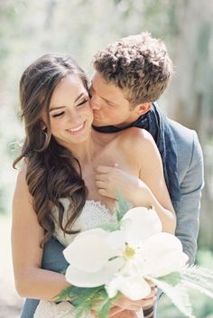 Chic Casual Bride and Groom | photography by http://www.ladygreystylingsecrets.com/ http://ecameraeffects.com/portrait-photography-tips/