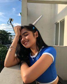 Filipina Girls, Filipina Actress, Filipina Beauty, Portrait Photography Poses, Braids For Short Hair, Instagram Pose, Cute Girl Face, Beautiful Girl Photo, Maui