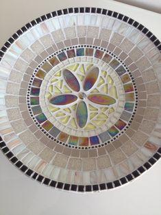 Mosaic Tile Art, Mosaic Vase, Mosaic Artwork, Mosaic Crafts, Mosaic Projects, Mosaic Stepping Stones, Stone Mosaic, Mosaic Patio Table, Free Mosaic Patterns