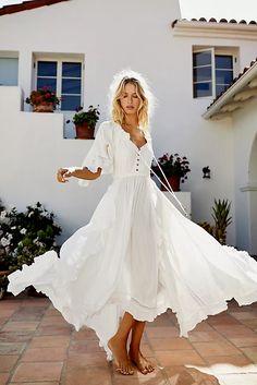 White Maxi Dresses, Pretty Dresses, Casual Dresses, White Boho Dress, Awesome Dresses, White Spring Dresses, Elegant Dresses, Dresses Dresses, Flowy Dress Casual