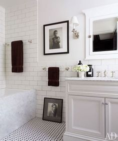 white and marble CLASSIC bathroom design inspiration