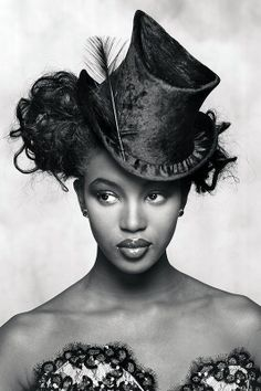 Naomi Campbell~❥