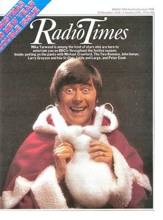 The 1978 Christmas Radio Times, featuring Mike Yarwood as Santa Claus. 1970s Childhood, Childhood Memories, Larry Grayson, Radio Times Magazine, The Two Ronnies, Christmas Cover, Retro Christmas, Vintage Tv, Vintage Magazines