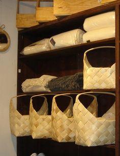 Paniers en lattes de bois de la maison Empereur à Marseille
