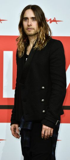 Uh-oh. I'm strangely attracted to long haired, bearded Jared Leto.