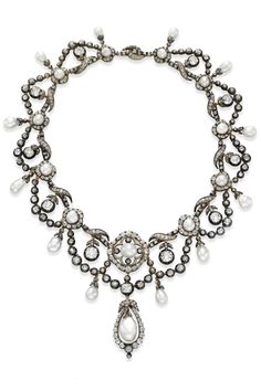 Necklace Collection : Elizabeth Taylor Auction Antique Natural Pearl and Diamond Necklace Antique Pearl Necklace, Pearl And Diamond Necklace, Pearl Diamond, Pearl Jewelry, Diamond Jewelry, Diamond Necklaces, Jewelry Necklaces, Jewellery, Vintage Diamond